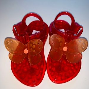 Hot pink Crazy 8 orange butterfly jelly sandals